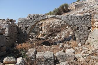 Arch in a house in the eastern neighborhood on Boğsak Island