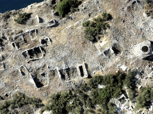 Aerial photograph of the southern part of the eastern neighborhood on Boğsak Island