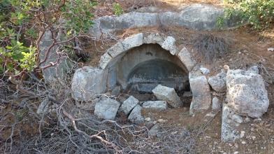 Vaulted Arcosolium