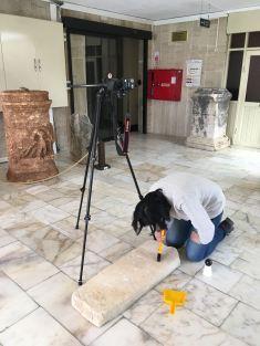 Preparing a headstone in the Silifke Museum before testing the RTI method